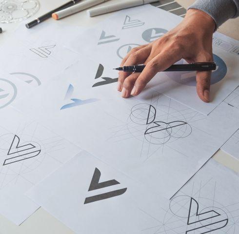 <b>Projektowanie</b> logo